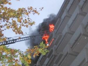 Wohnungsbrand in Hochhaus