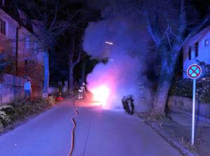 Fahrzeugbrand in der Ganzenmüllerstraße